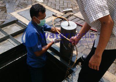 Perawatan Bakteri IPAL Rumah Sakit Premiere Bintaro Tangerang Selatan Banten